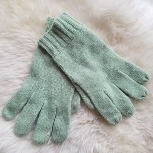 ❄☃️Cashmere gloves, seafoam green